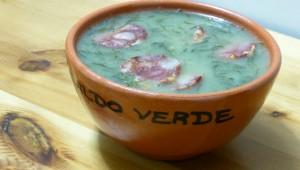 Caldo verde, soupe traditionnelle portugaise aux choux