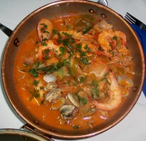 Cataplana de fruits de mer