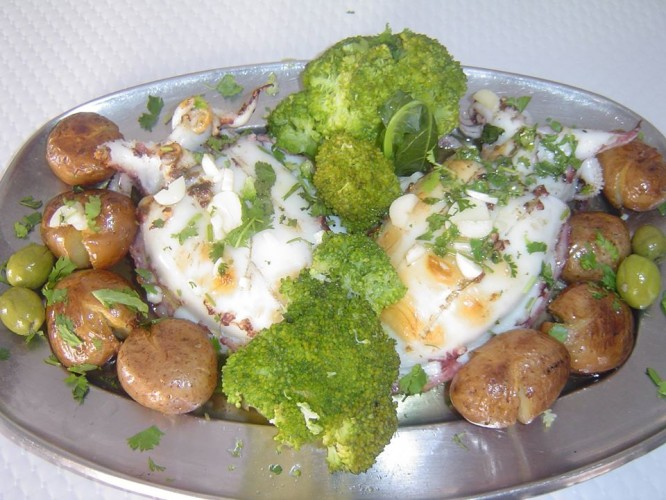 Seiches grillés aux pommes de terre